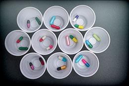 Ancianos en la investigación de medicamentos